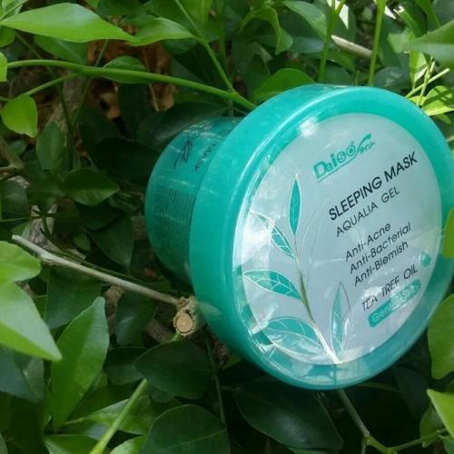 Daiso Ночная маска против акне с маслом чайного дерева 100ml